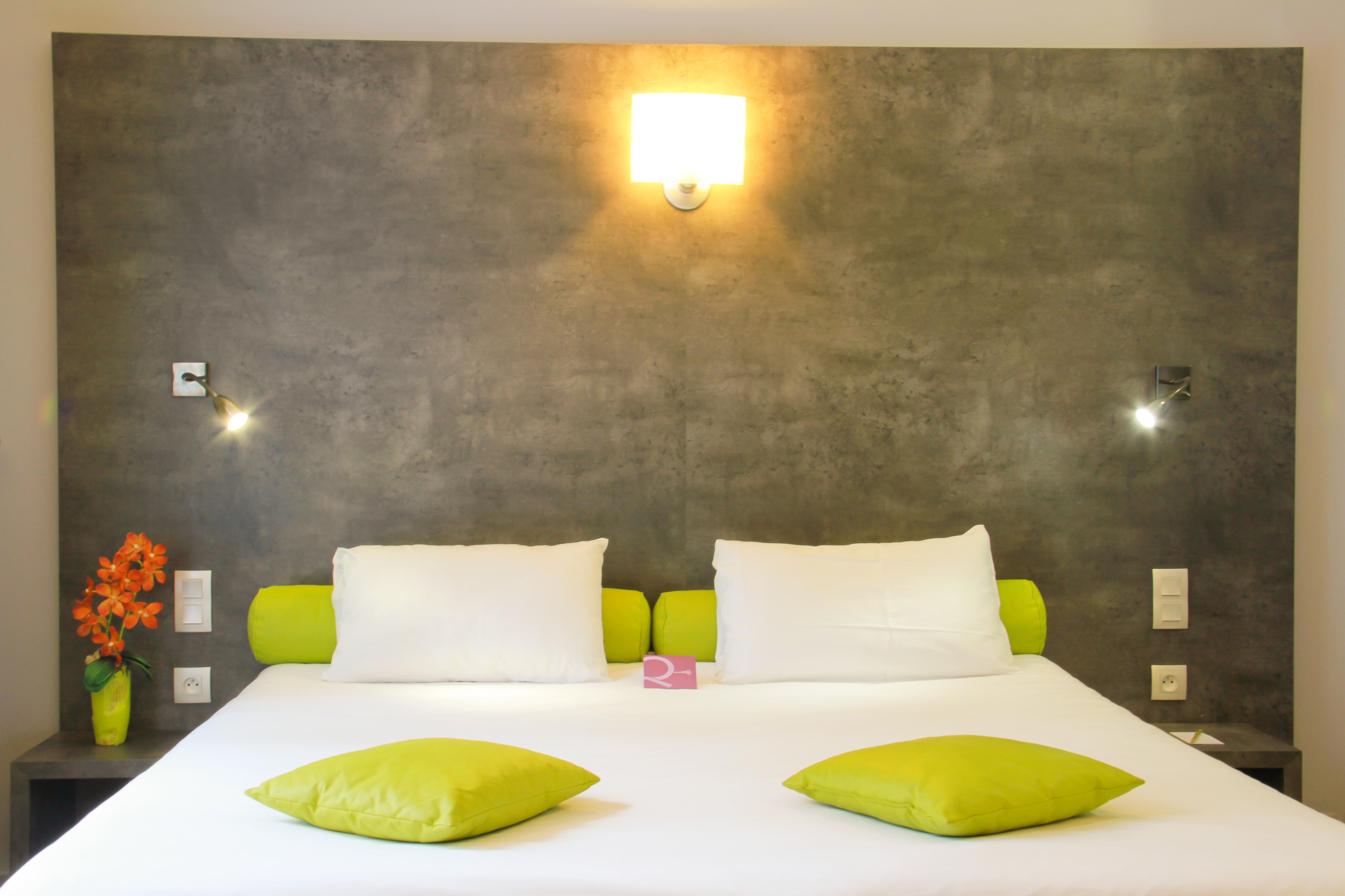 Chambre d h tel avec wifi gratuit h tel mercure les for Chambre hotel